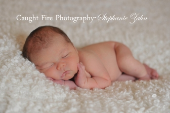 newborn pose, sweet and simple newborn photography, Copyright 2015 Caught Fire photography, Stephanie Zahn, newborn poses, newborn boy, sleeping newborn baby